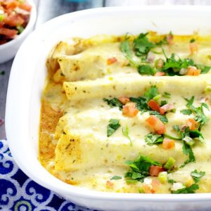 Creamy Shrimp Enchiladas -Creamy and rich with added pops of flavor from onions and peppers, these Creamy Shrimp Enchiladas are easy enough for family dinner and elegant enough for a date night in. These look fabulous!