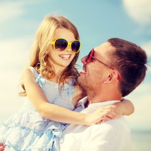 15 fun and easy Daddy Daughter Date Ideas to bond and connect with your daughter, as well as have a good time and make some memories! I love these!