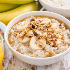 29 Quick and Easy Oatmeal Add Ins - Get creative with your oatmeal! Try these 29 Oatmeal Add-Ins to make your favorite oatmeal breakfast even more delicious. Perfect easy breakfast!