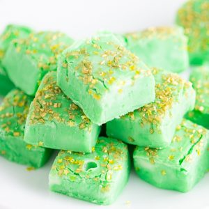 Mint White Chocolate Fudge recipe - Cool mint mixed with creamy white chocolate fudge make this Mint White Chocolate Fudge recipe a decadent, refreshing treat.  Make it in the microwave! Super quick and easy dessert recipe. Love this for St Patrick's Day or Christmas!