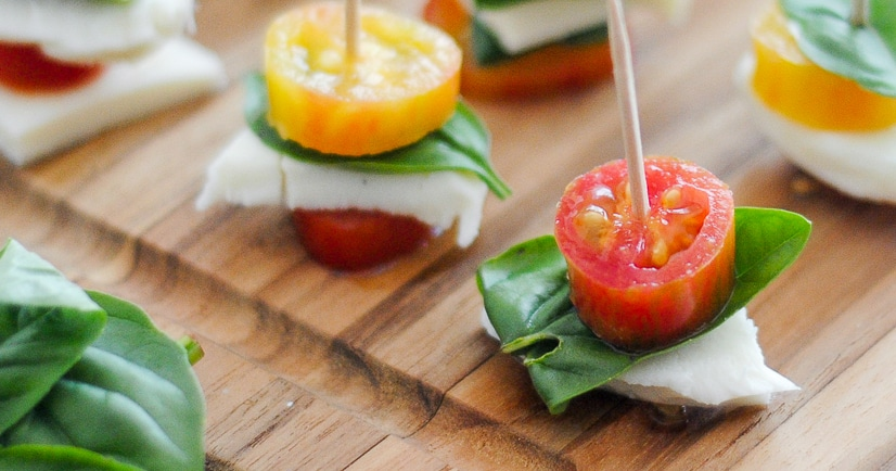 Caprese Bites Recipe - A fresh and simple appetizer or snack, these Caprese Bites are easy to make and delicious to eat! Great way to use up fresh Summer produce. Super easy appetizer recipe!