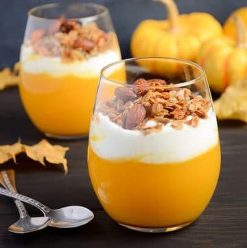 Pumpkin Pudding Recipe - Creamy, smooth, and rich Pumpkin Pudding recipe is easy to make in just 15 minutes and highly addictive. Top with granola, whipped cream, pecans, or caramel. Or all of the above! This is seriously THE BEST pudding recipe. EVER. AND it's easy. AND it's pumpkin. Enough said.