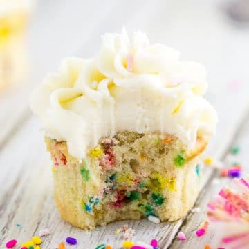 Best Homemade Funfetti Cupcakes Recipe -Bright rainbow sprinkles and a soft, buttery cupcake make these the BEST homemade Funfetti Cupcakes. Fluffy vanilla homemade funfetti cupcakes that are worlds better than anything you will find in a box! Ditch the cake mix and make your own funfetti cupcakes from scratch!