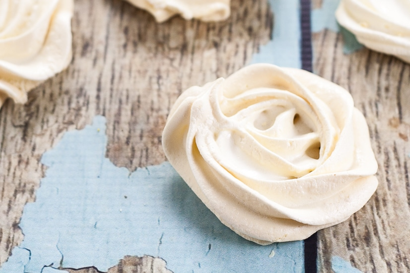 Classic Vanilla Meringue Cookies -Light and delicately sweet classic Vanilla Meringue cookies are easy to make and melt-in-your-mouth delicious! Ano fail recipe for making beautiful, delicious meringue cookies! Plus just 4 ingredients and 11 calories per cookie!